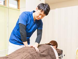 東根市はやし整骨院の腰痛施術